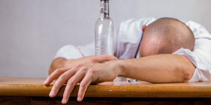 Imputabilidad alcoholismo drogadicción