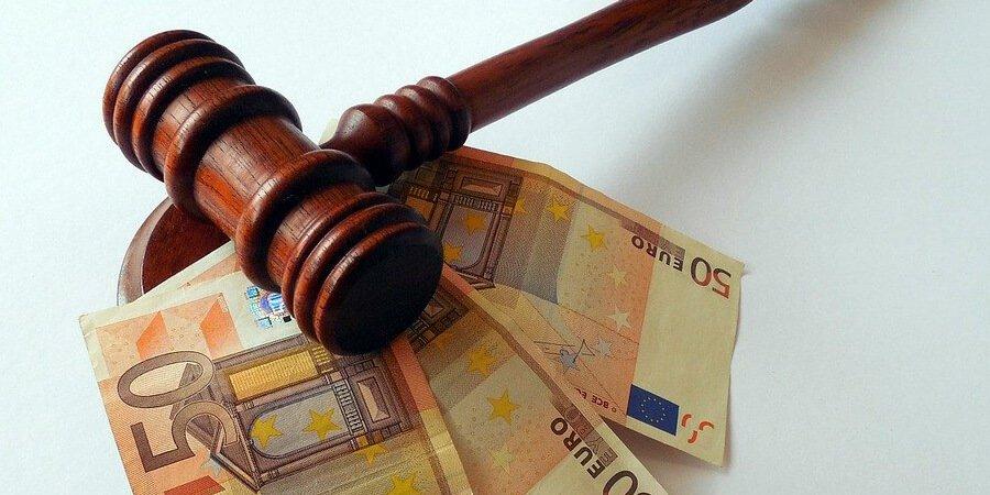 Condena en costas en juicios por delitos leves